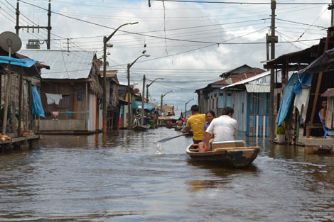 Floods in Iquitos, a city in northern Peru next to the Amazon River that has burst its banks due to heavy rain over the past few months. A Response Team is currently assessing the need there.