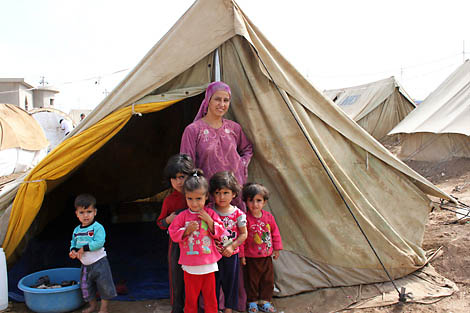 Syrian refugees in their current shelter camps in Iraq. Photograph by Rebecca Novell