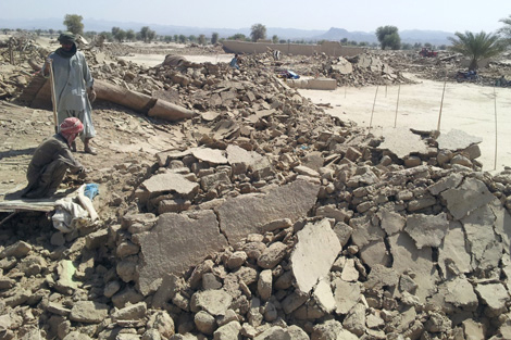 The rubble left behind in Awaran after the quake hit on 24 September 2013, Pakistan. Image courtesy of NRSP.