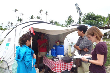 Alison Wallace talking to Laticia Levid.  Kinablagan camp 3 August 2013