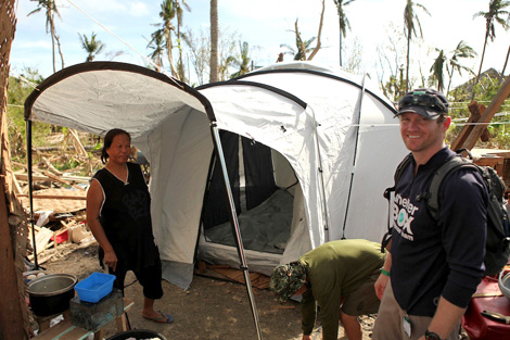 Bill Decker (US) is one of our Rotarian Response Team members helping bring shelter to families in need in the Philippines, November 2013.
