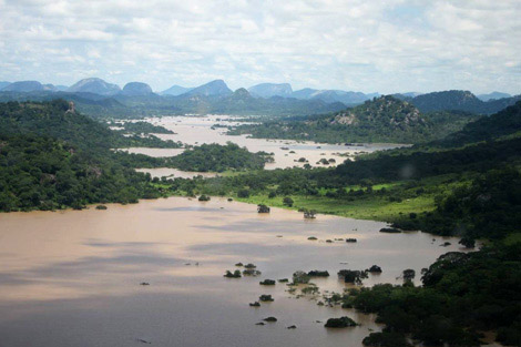 Flooding in Masvingo province, Zimbabwe, February 2014. Image courtesy of David Coltart.