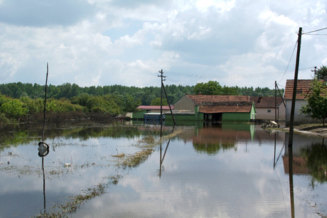SERBIA. JUNE 2014. In some areas the flood waters are only just beginning to recede. (Torstein Nielsen/ShelterBox).