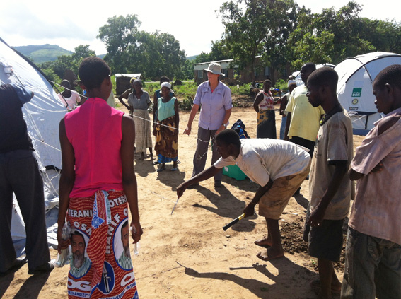 Image of Australian SRT member, Peita Berzins conducts a 'train the trainer' session in Malawi