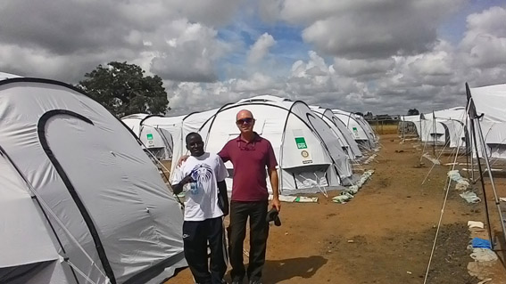 SRT volunteer, Jeff Barnard with a local volunteer in the ShelterBox camp in Chikwawa