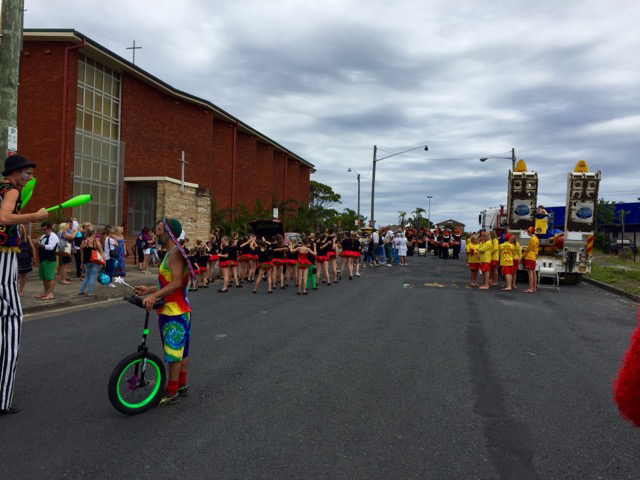 The parade lines up