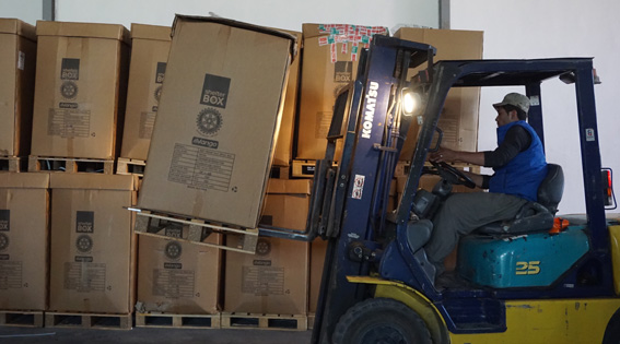 mosul-tent-boxes-and-forklift-in-erbil