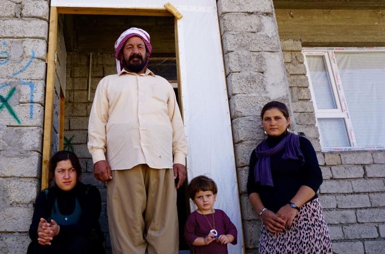 Barkat Ibraheem Khalaf with daughters and granddaughter, Jyan ©ShelterBox/ACTED