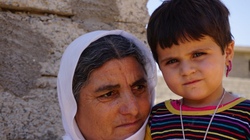 Hanif, 45 and her granddaughter Afreen, 2yrs ©ShelterBox/ACTED